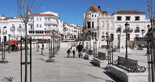 Plaza Gruta de las Maravillas Aracena
